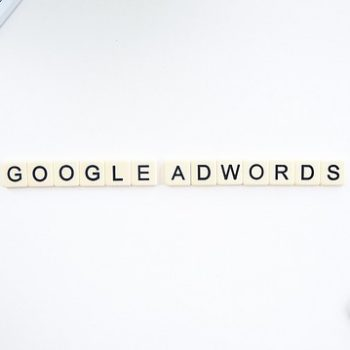 Diferencia entre Google Ads y Facebook Ads para tu centro formativo
